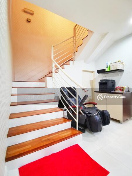Renovated Double Storey Corner In Damansara Jaya #157631605