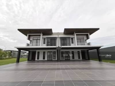 For Sale - Freehold Hilltop 45x110 New Township in Sungai Buloh(20min to One Utama)