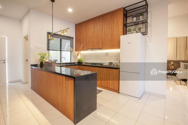 Permas Ville Apartments #156904433