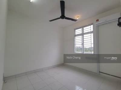 For Rent - Apartment Pangsapuri Kasturi @ Bandar Dato Onn