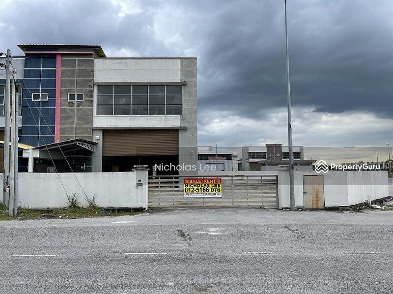 1.5 Storey Corner SEMID Factory At Tasek #157445265