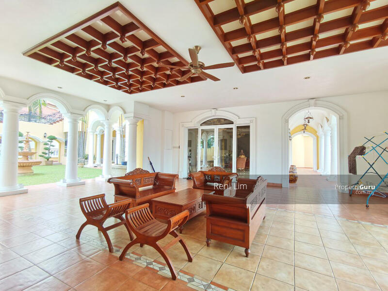Tropicana Golf & Country Resort #157563355