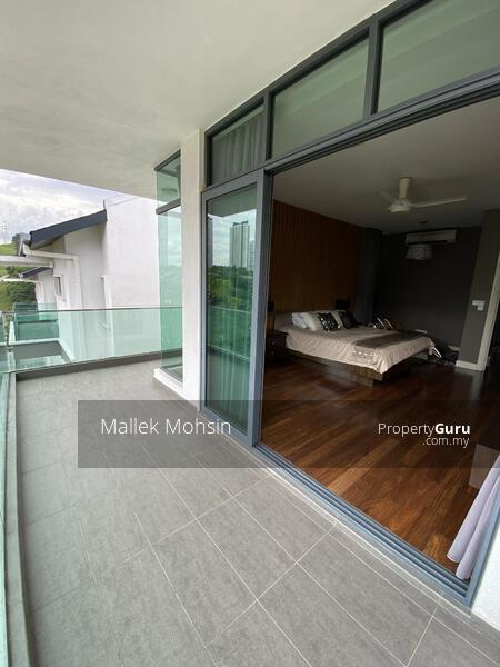 [3 storey Bungalow House with Lake and Forest View!] #158022005