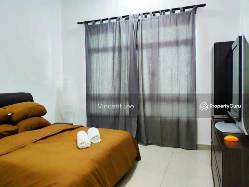 La Thea Residences @ 16 Sierra #162534987