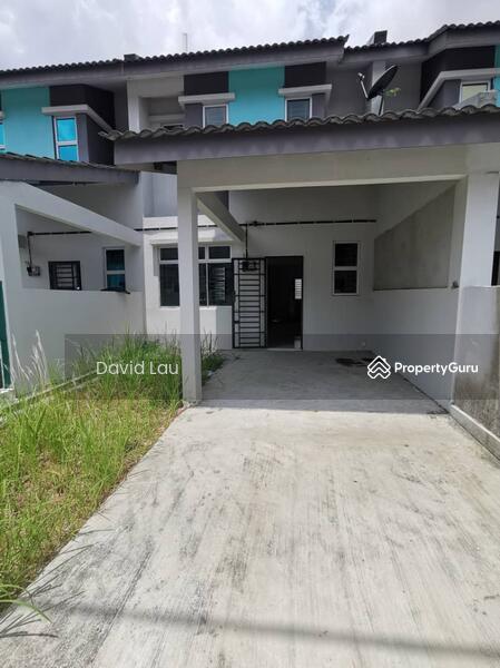 Taman Laman Indah 2-Storey Terrace House @Pulai #158800323