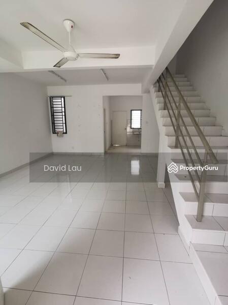 Taman Laman Indah 2-Storey Terrace House @Pulai #158800327