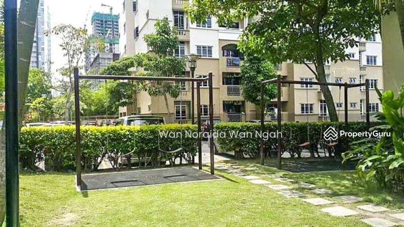FOR SALE: Bigger Unit Villa Pavillion Seri Kembangan (BELOW MARKET) #158922237