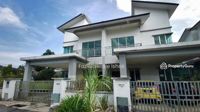 Semi-D 2 Tingkat Taman Koperasi Perdana Chukai #159783997