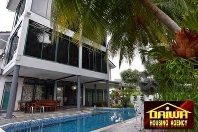 For Sale - Minden Heights Bungalow with Swimming Pool
