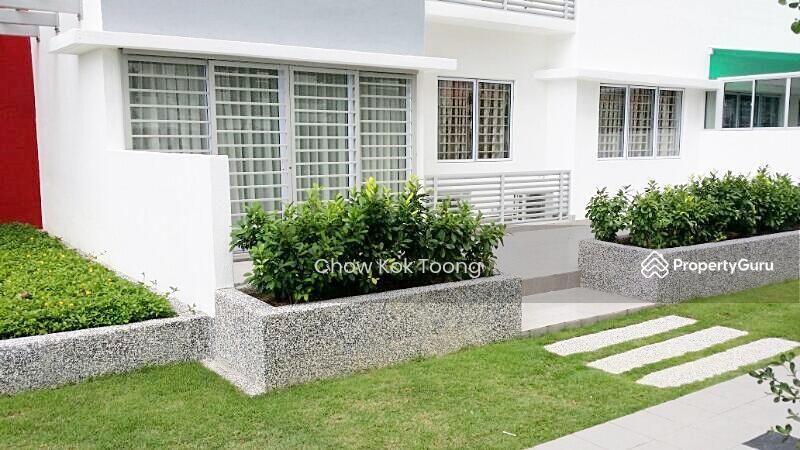 Koi Kinrara Suites #160383641
