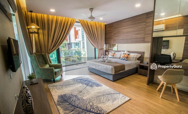 Tropical Villa #160785787