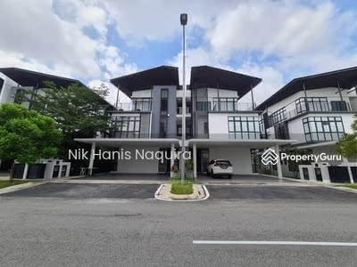 For Sale - 2. 5 Storey Semi D Augusta Residence Presint 12 Putrajaya