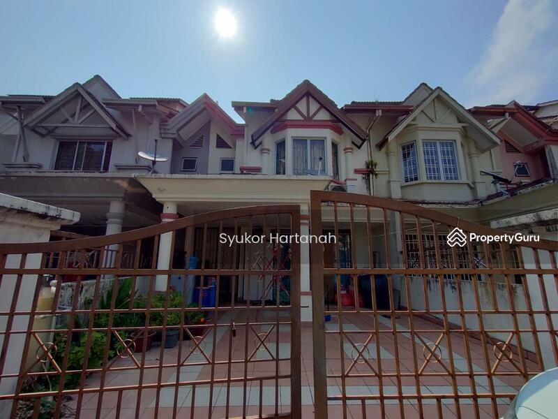 [near playground] Double Storey Terrace House Taman Bukit Subang #161912495