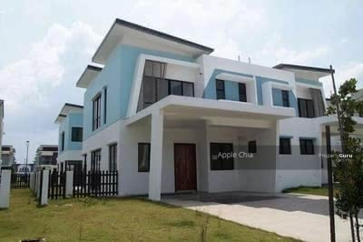 For Sale - [ HOT ] 24 x 80 FreeHold Double Storey Garden Suits Terrace House!