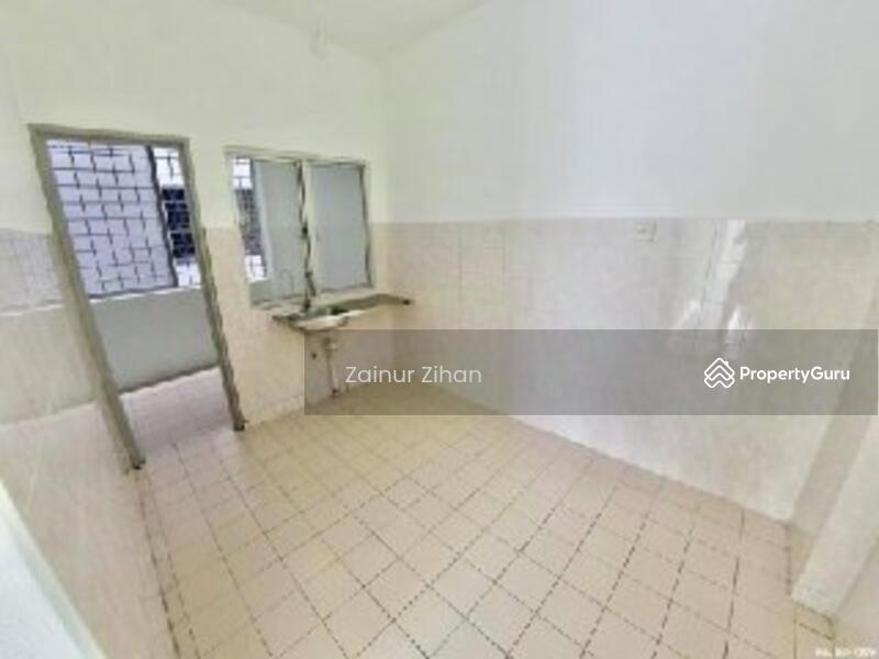 Apartment Suria Kipark, Damansara #162405711