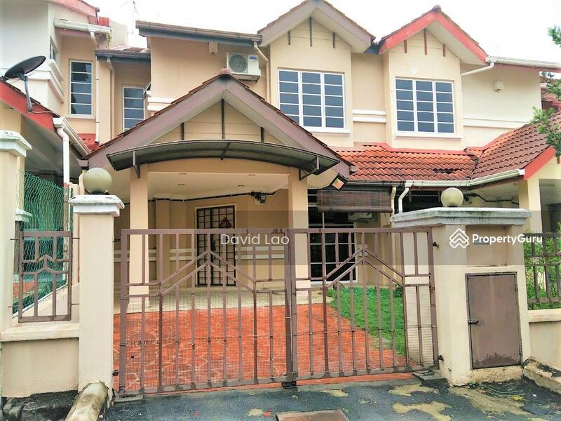 2 Storey Terrace House Bandar Tun Hussein Onn Balakong Cheras #162648123