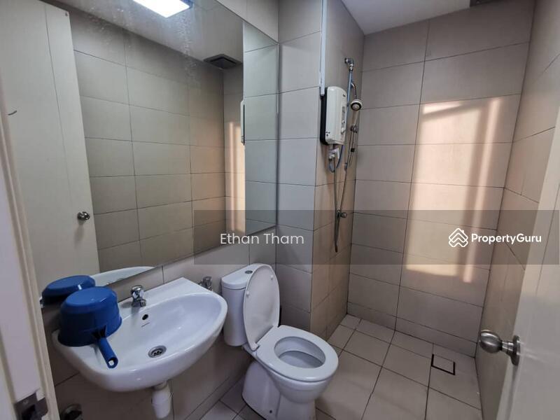 288 Residency #162695601