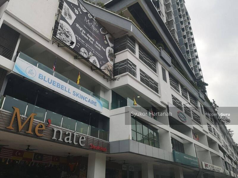 Vista Alam Serviced Apartment #162797391