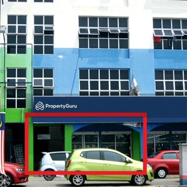 After MCO ~ BANK LELONG : No.4, Ground Floor, Wisma Semantan, Jalan Ahmad Shah, Temerloh, Pahang #162876027
