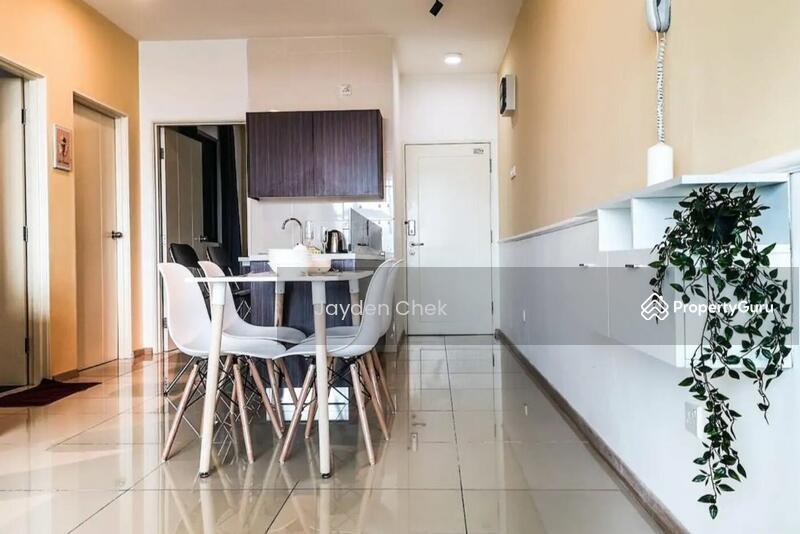 Vista Alam Serviced Apartment #162925705