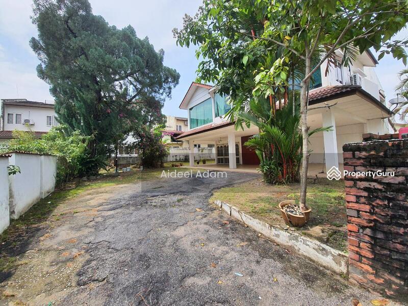 Taman Uda Jaya #162996191