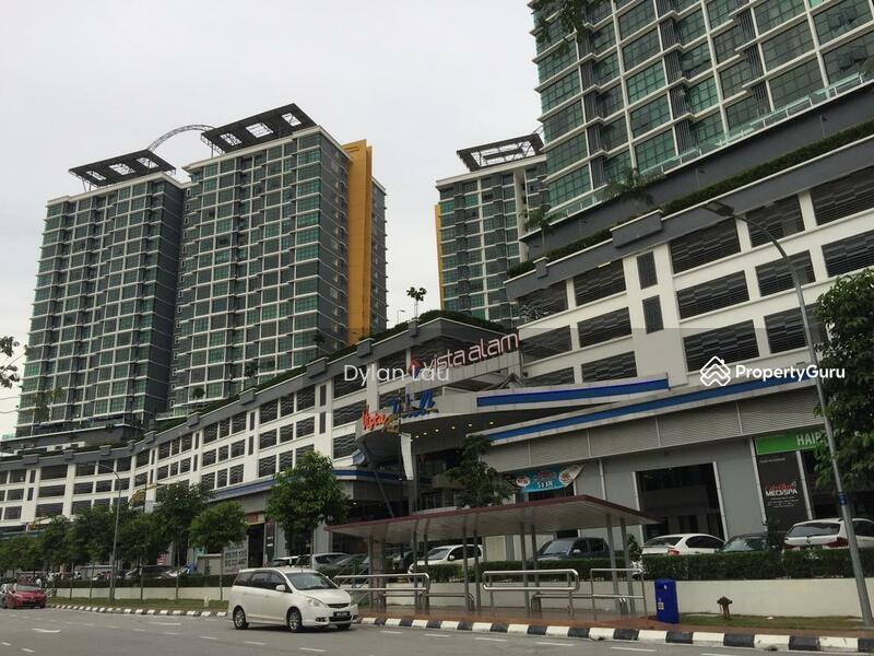Vista Alam Serviced Apartment #163050529