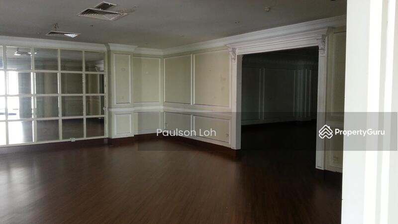 Kuala Lumpur City Centre Corner shop for Sale #163099831