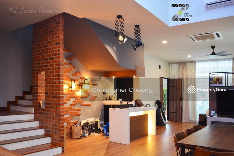 Exquisitely Renovated Interior!
