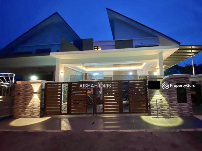 RENOVATED Double Storey Semi-D with Pool @ Laman Cempaka Kota Seriemas, Nilai #163230633