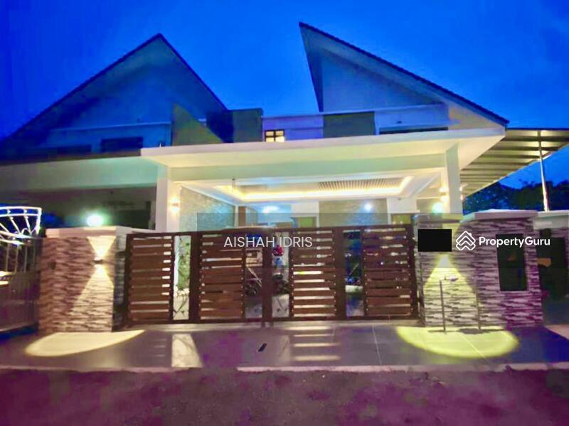 RENOVATED Double Storey Semi-D with Pool @ Laman Cempaka Kota Seriemas, Nilai #163230899