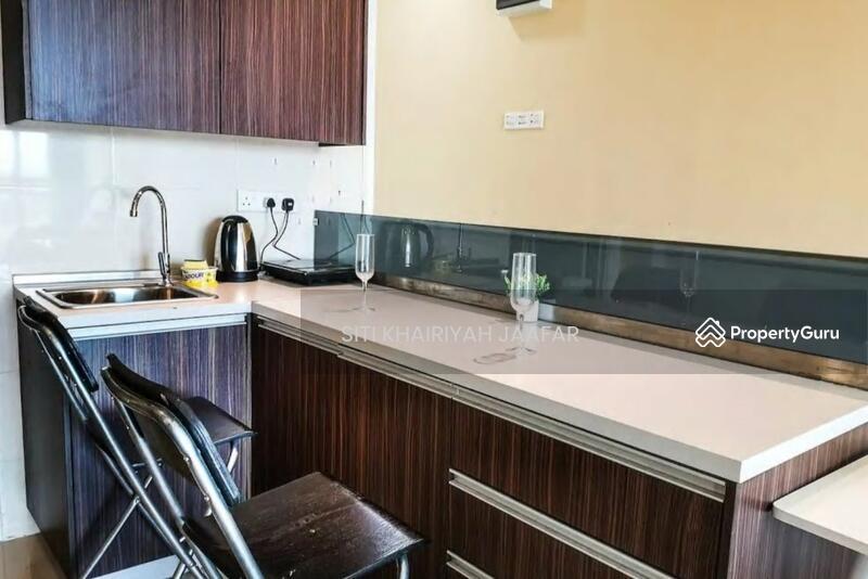 Vista Alam Serviced Apartment #163271287