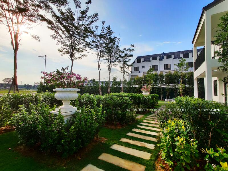 Beautiful Garden Villa Near Cyberjaya #163369185