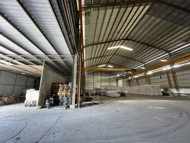 12 Metre Ceiling Height With Ready Overhead Crane