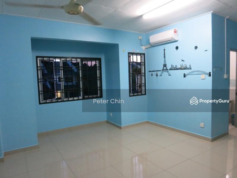 Jalan Permas 14 permas Jaya #163487225