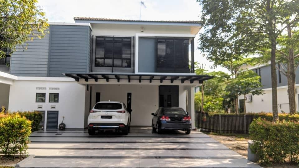 For Sale - Semi D @ Senibong Cove
