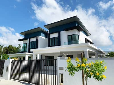 For Sale - Nilai [Full Loan Last 2! ! ]24x75 Double Storey Freehold