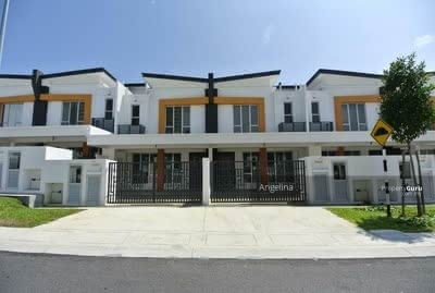 For Sale - [30% Discount Super Deal Unit! !] 2Storey Freehold/ Fast Only Can Get/ Near Highway/Shopping Mall