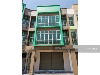 For Sale - 《For Sale》BMV Free Legal & Stamp Duty 3 Storey New Shoplot @ Station18