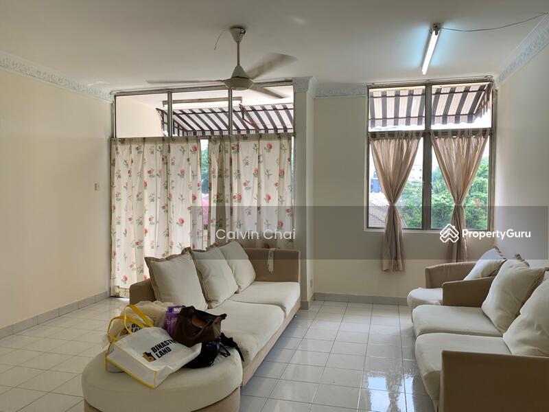 Manor Apartment #164058795