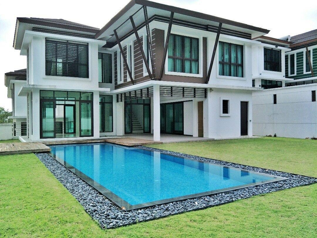For Sale - 3 Storey Bungalow with Swimming Pool Rimba Kemensah Taman Melawati
