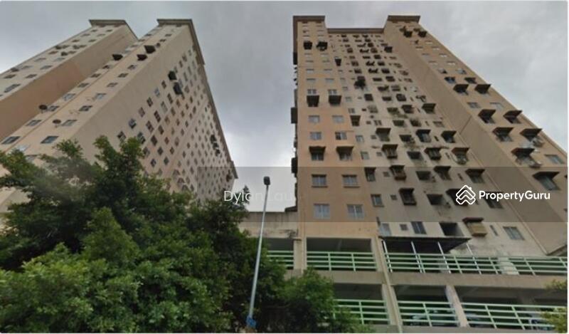 Puncak Desa Apartment #164250965