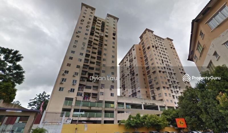 Puncak Desa Apartment #164318207