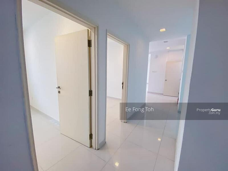 Taman Molek semi-D house with gated guarded #164326585