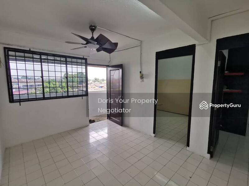 Flat Taman Ungku Tun Aminah #164352371