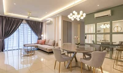 For Sale - 【 3R3B Big Size 】Hilltop Semi D Condo Per/Sqft RM4xx only! Below Market Price 100k