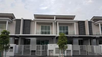 For Sale - 【Below Market 60%】EXTRA Cash Back! !2storey Freehold Individual Tittle