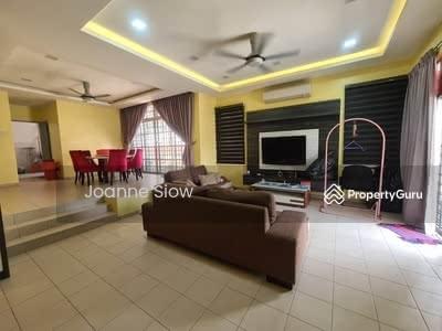 For Sale - Jalan Dian Taman Munshi Ibrahim Double Storey Semi-Detached House For Sale
