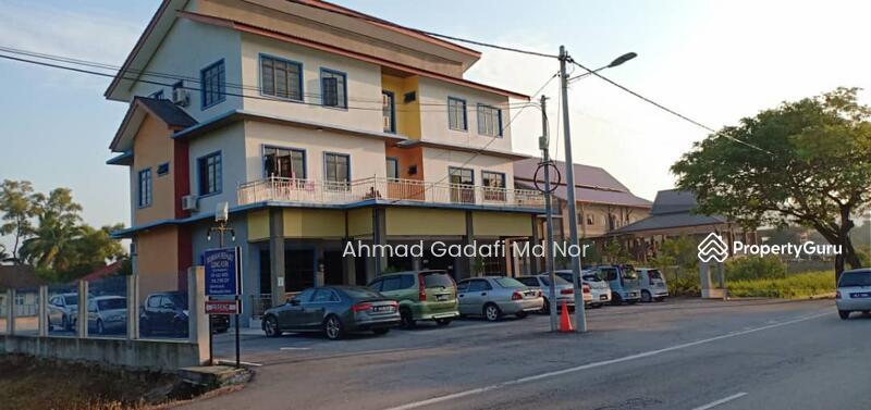 Rumah Rehat 3 Tingkat di Kuala Nerus 13 Room 0.27 Ekar Fully Furnished #164793691