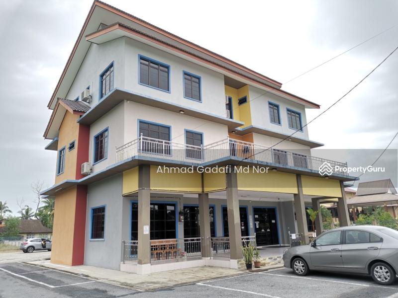 Rumah Rehat 3 Tingkat di Kuala Nerus 13 Room 0.27 Ekar Fully Furnished #164793695