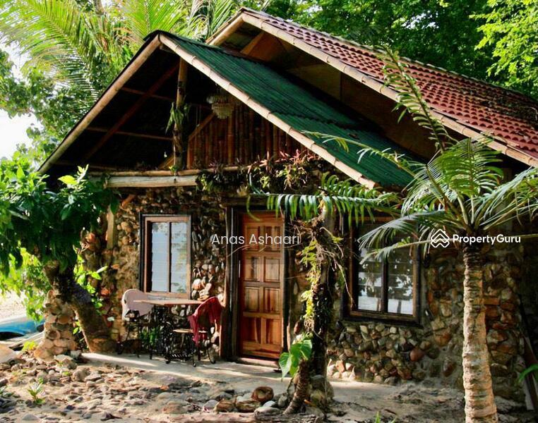 Resort Pulau Kapas Terengganu #164837147